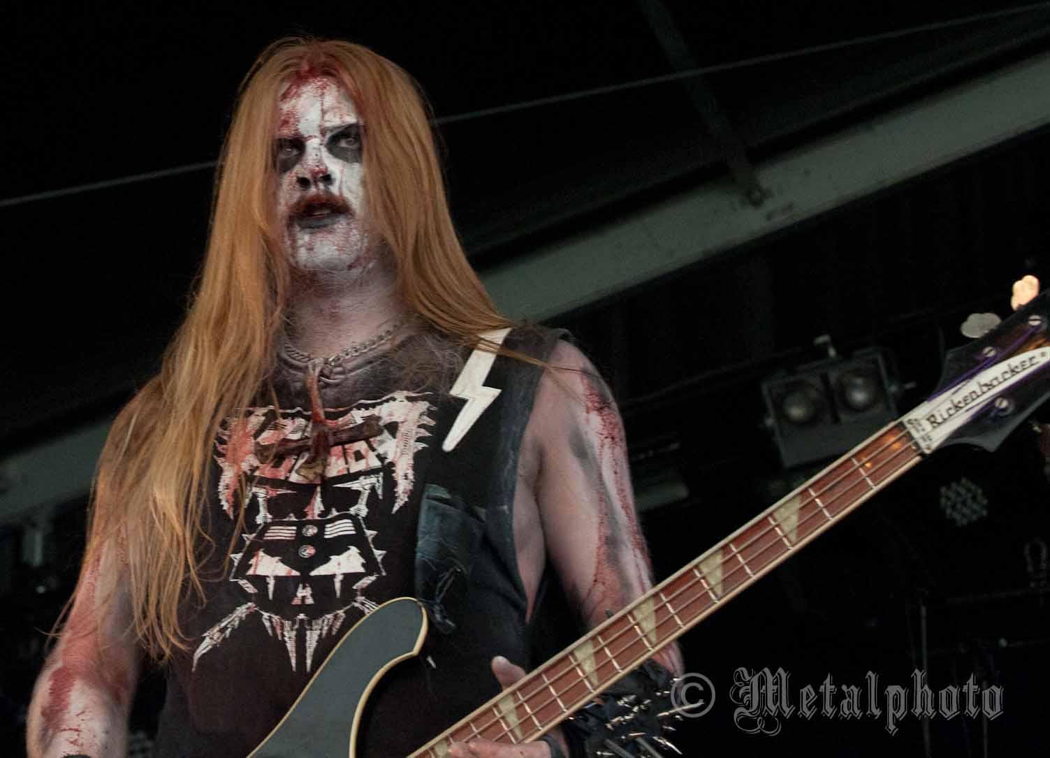 http://metalphoto.org/images/metalbands/black/urgehal_2011/photos/Urgehal_5461.jpg